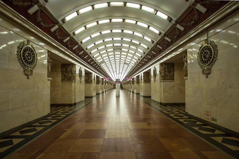 20160716 St Petersburg - underground Metro stations 684 a.jpg