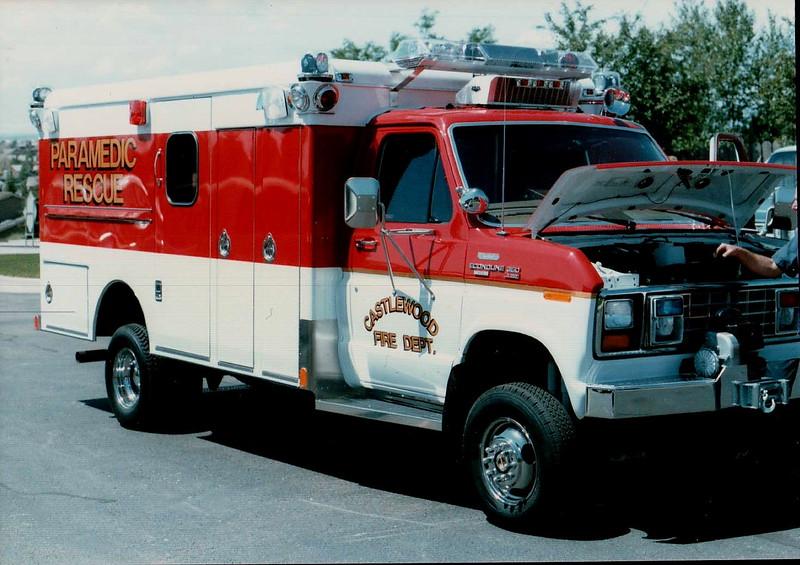 Castlewood New Rescue 33 Officer Side.JPG
