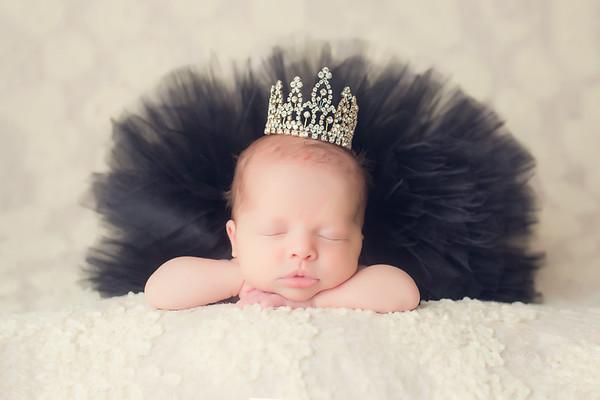 Maisyn Newborn