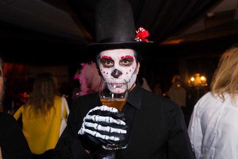 2015-10-20_MWN_HalloweenMixer_AaronLam046.jpg