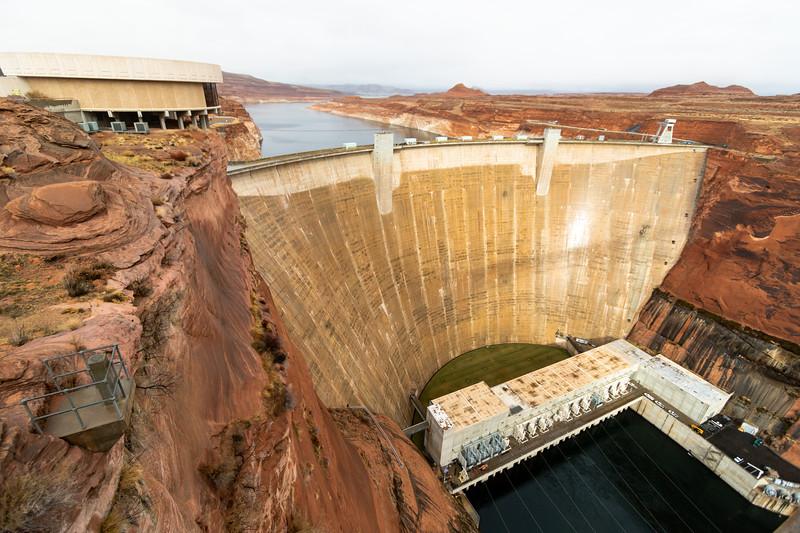 glen canyon dam-2.jpg