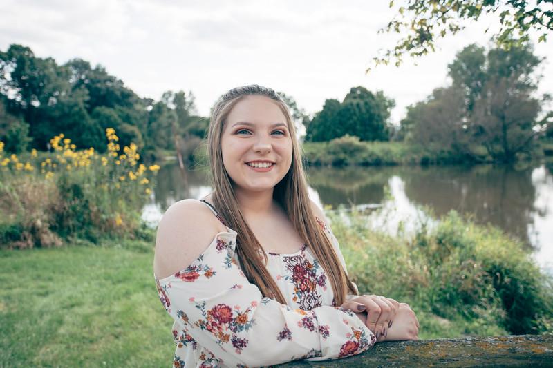 Katelyn Senior Photos 051.jpg