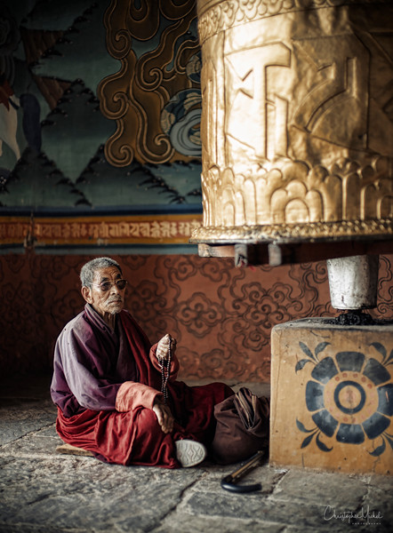 punakha-dzong_chorten-nebu_20120917_9416.jpg