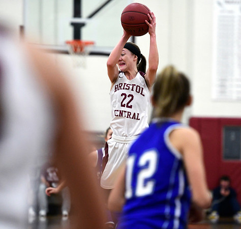 1/17/2019 Mike Orazzi | Staff Bristol Central's Kayla Beaulieu (22) during Thursday night's girls basketball game at BC.