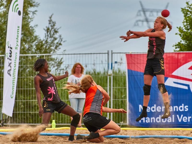 Molecaten NK Beach Handball 2017 dag 1 img 536.jpg