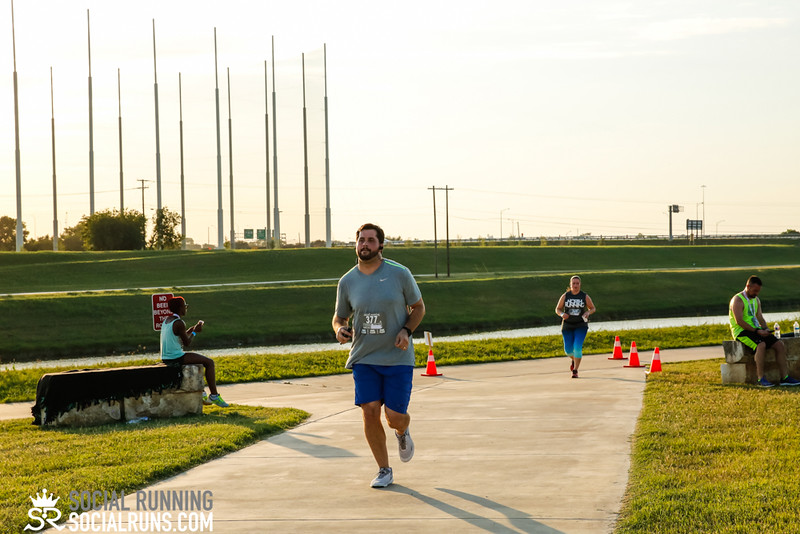 National Run Day 5k-Social Running-3130.jpg