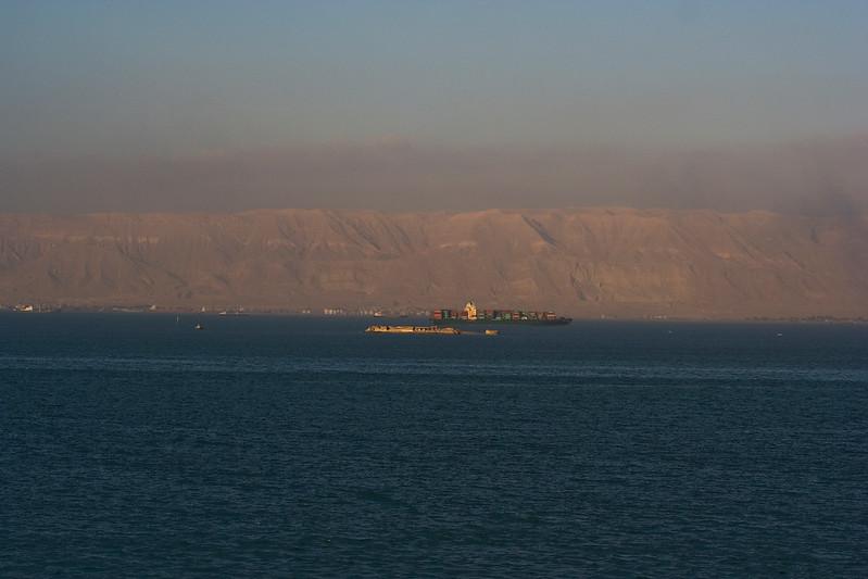 Waiting to enter the Suez 2.jpg
