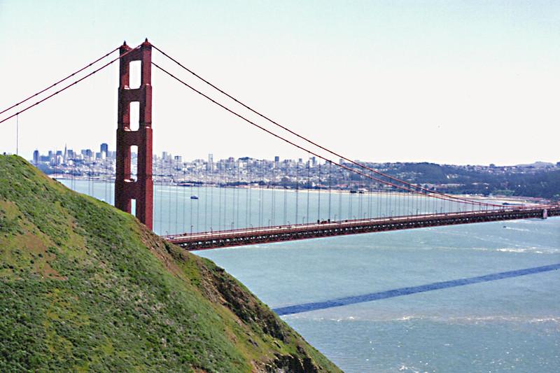 Golden Gate Bridge - San Francisco in background