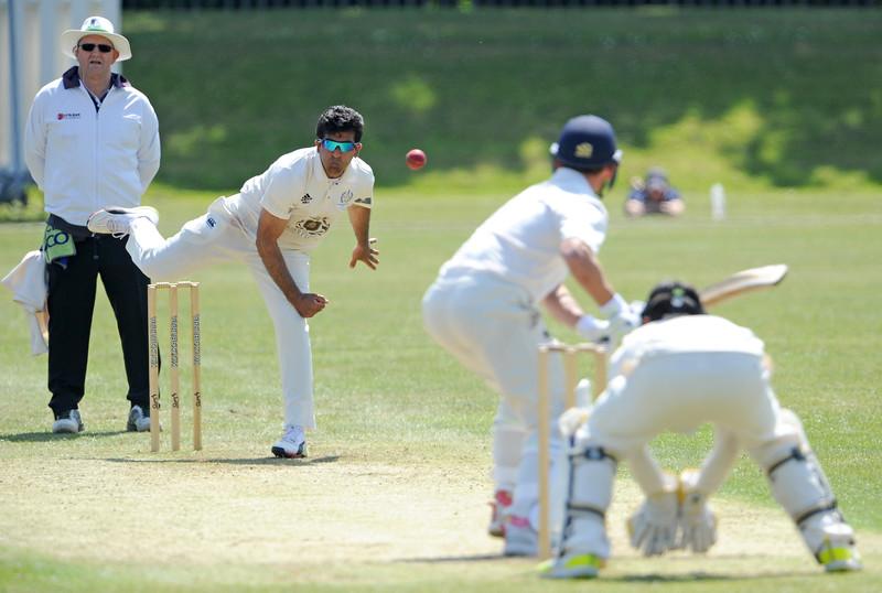 Majid Haq bowling to Craig Wallace