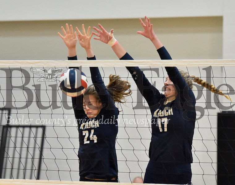 1107_SPO_Knoch volleyball-2.jpg