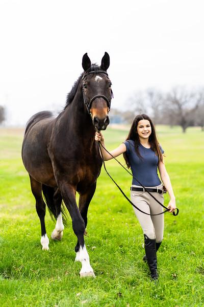 Addison-Poses-Horse-Portraits-008.jpg