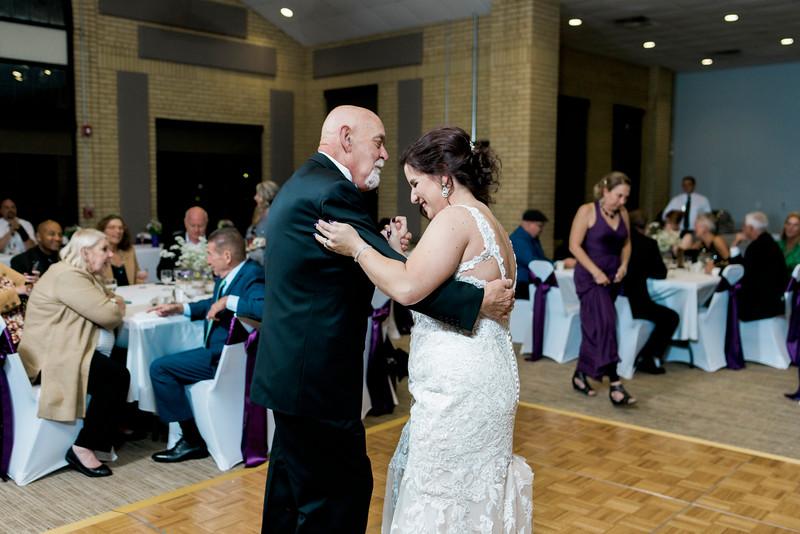 chateau-on-the-river-trenton-michigan-wedding-0405.jpg