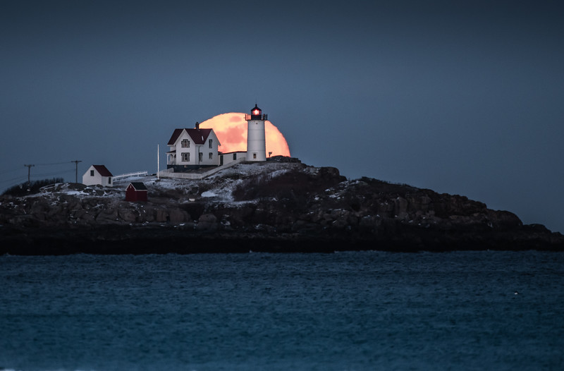 Super Snow Moon at the Nubble - halfway up