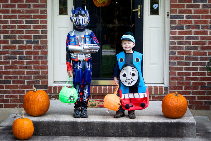20111023_boys_halloween_costumes_0027-Edit.jpg