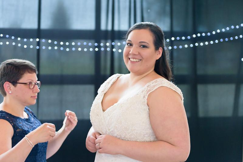 Bride&Bridesmaids_46.jpg