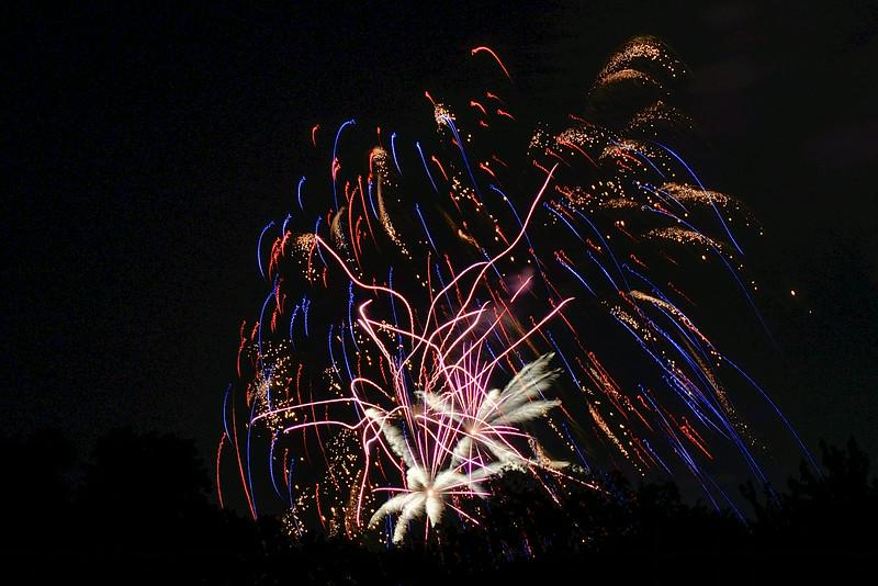 2014-07-03 Creekwood Mansfield Fireworks 020.jpg