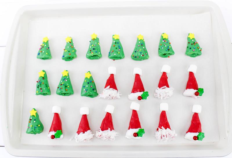 Oh Christmas Tree & Santa Hat Bugle Treats 4.jpg