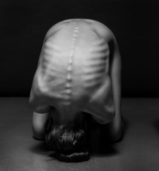 black-and-white-portraits-women-body-bodyscapes-anton-belovodchenko-91.jpg