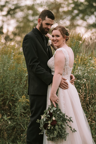 rustic_ohio__fall_barn_wedding-313.jpg