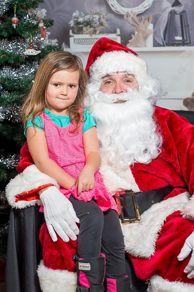 StaceyTompkinsPhotography-Santa2018 (14 of 79).jpg