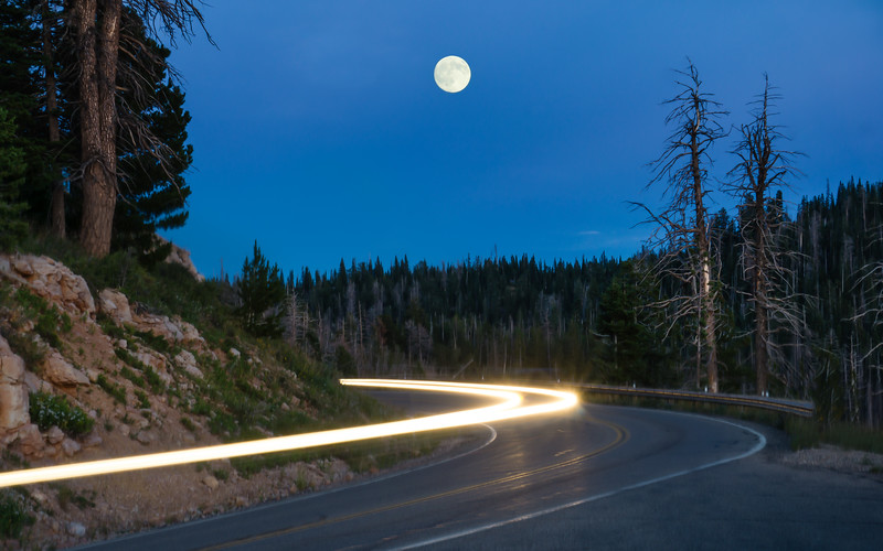 monlight-car-trails-navajo-lake-utah.jpg