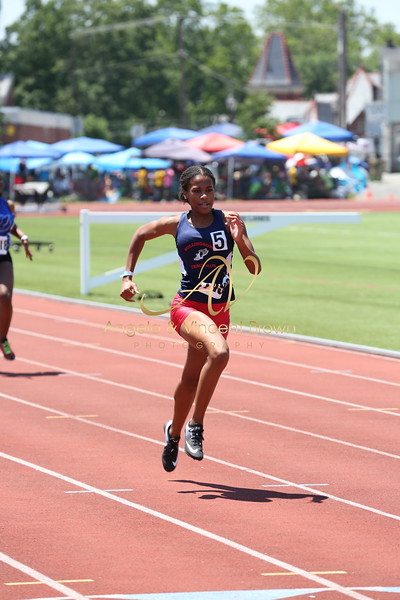 2017 AAU DistQual: 1718 Girls 200m