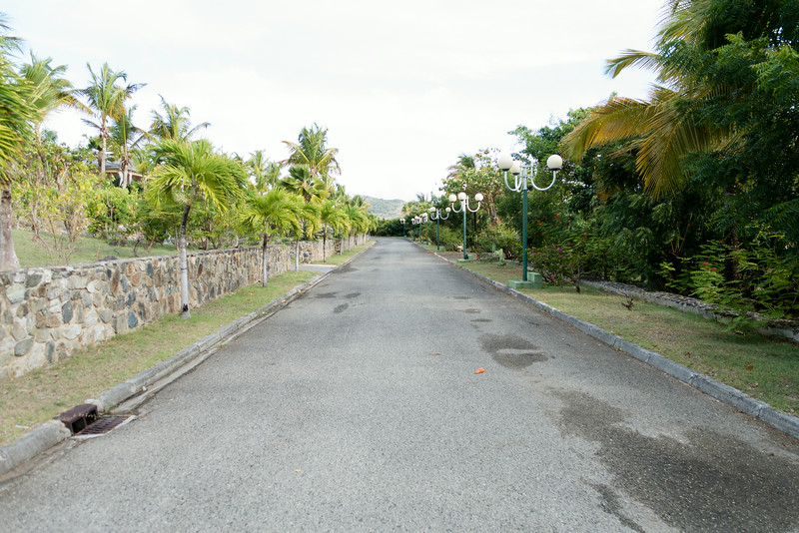La Plantation road in front of our villa