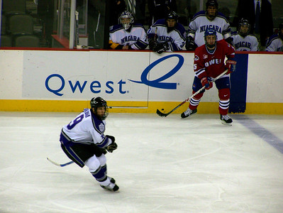 Niagara Purple Eagles v Mass-Lowell Riverhawks Oct 21