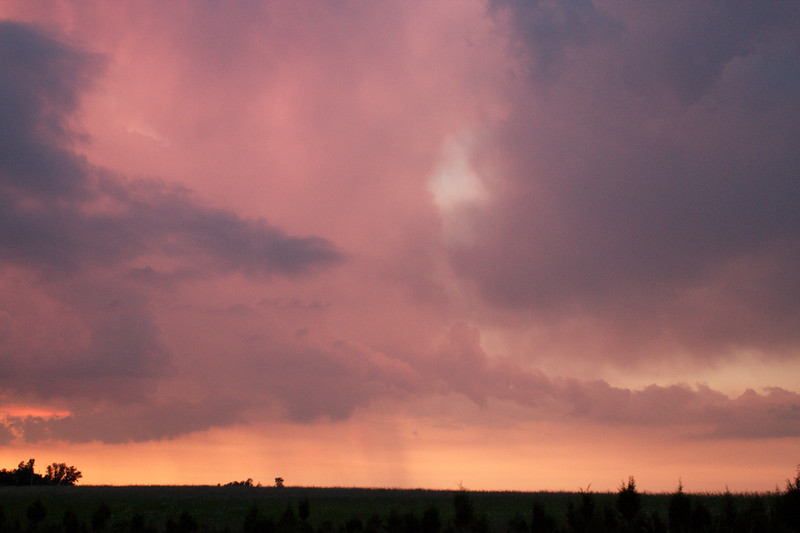red-clouds-dawn_8784151700_o.jpg