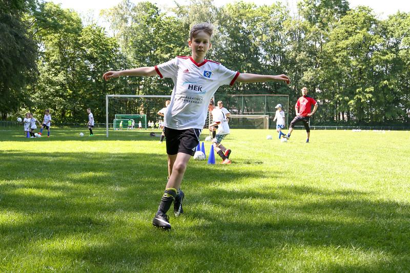 hsv_fussballschule-303_48047986403_o.jpg