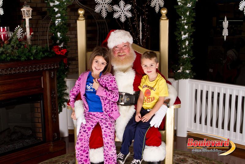 Santa Dec 15-173.jpg