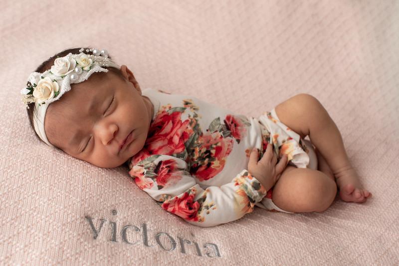 Baby Victoria-18.jpg