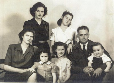 Myron and Mamie Fox family