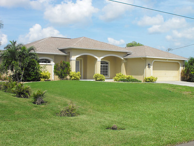 Cape Coral Homes For Sale, Presented by Roland Theis P.A. SW 25th Pl. Cape Coral Florida