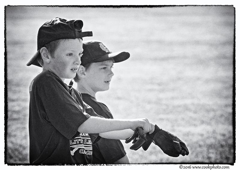 hayden-bw-baseball-1.jpg