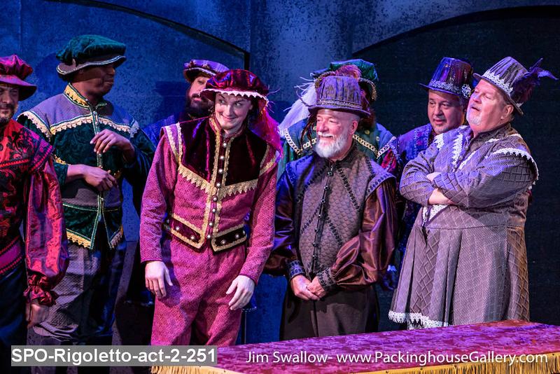 SPO-Rigoletto-act-2-251.jpg