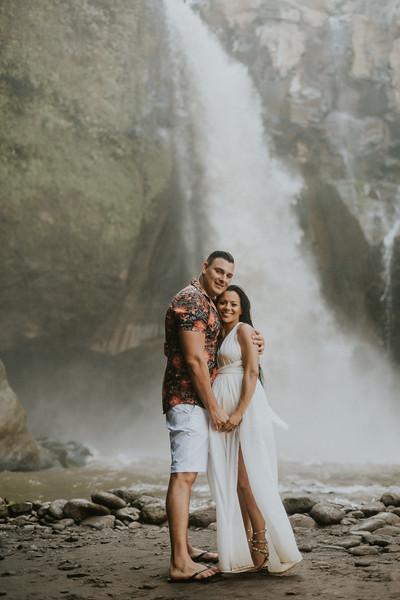 VTV_family_photoshoot_with_waterfall_Bali (155).jpg