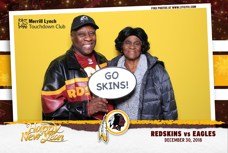 washington-redskins-philadelphia-eagles-touchdown-fedex-photo-booth-20181230-144815.jpg