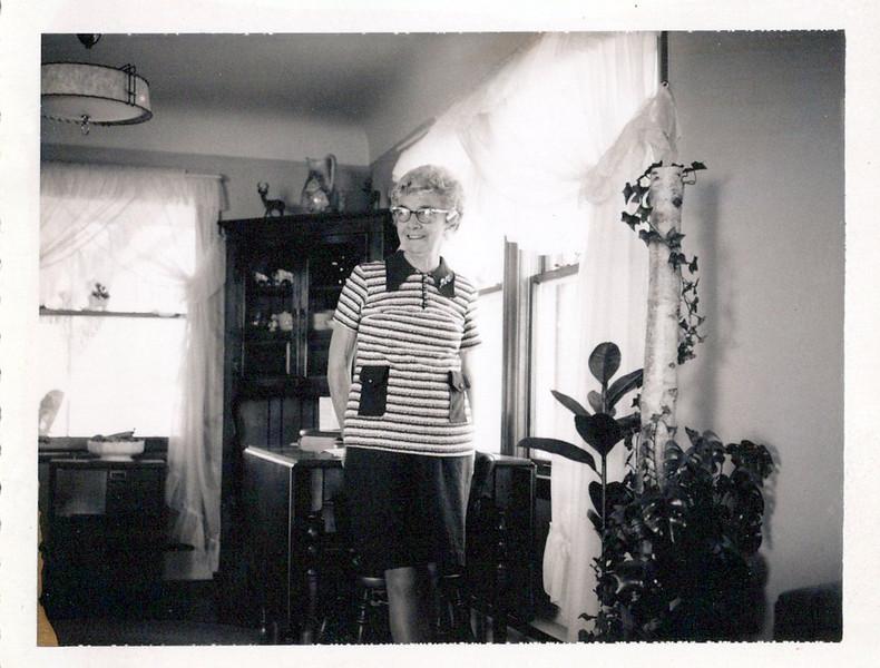 Nellie Mudge mid 1960's.jpeg