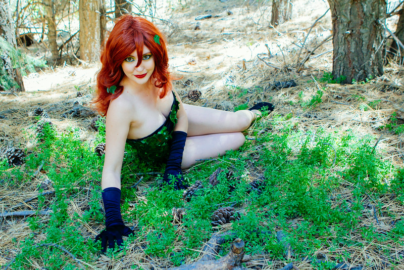 Donegee Media Cosplay Ivy and Alice-28.jpg