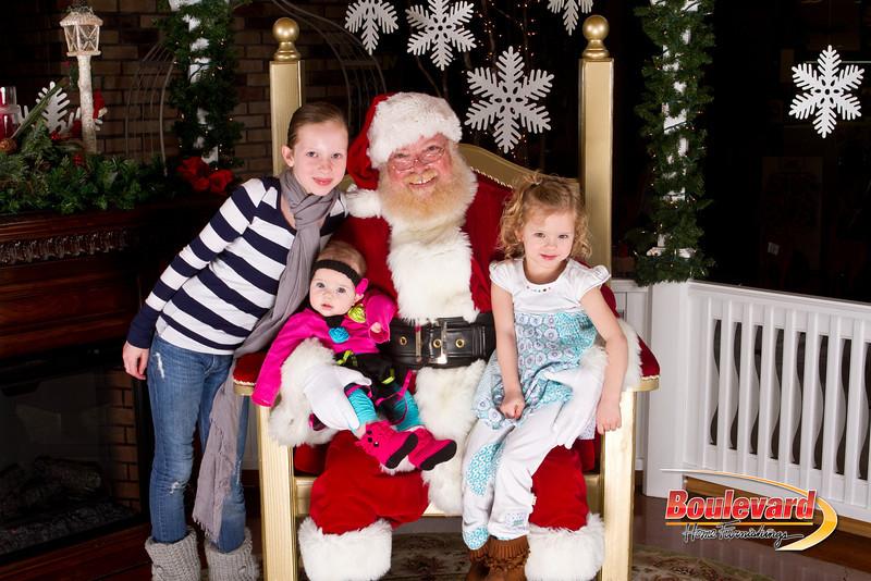 Santa Dec 15-124.jpg