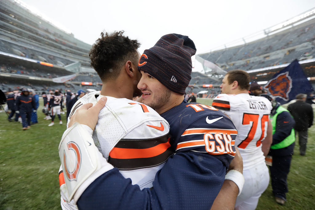 . Chicago Bears quarterback Mitchell Trubisky, right, talks with Cleveland Browns quarterback DeShone Kizer after in an NFL football game in Chicago, Sunday, Dec. 24, 2017. (AP Photo/Charles Rex Arbogast)