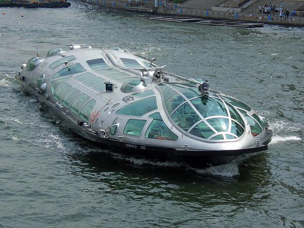 Tokyo boat ride and Odaiba, 8/7/04