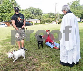 tyler-animals-big-and-small-celebrated-at-blessing-of-pets-at-st-francis-episcopal-church