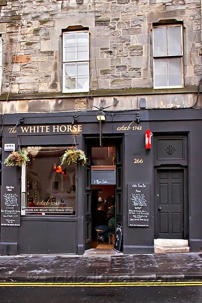 The White Horse Bar