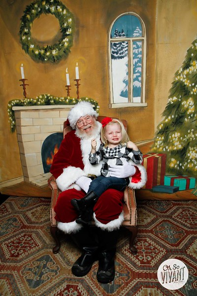 Pictures with Santa @Earthbound 12.1.2018-024.jpg