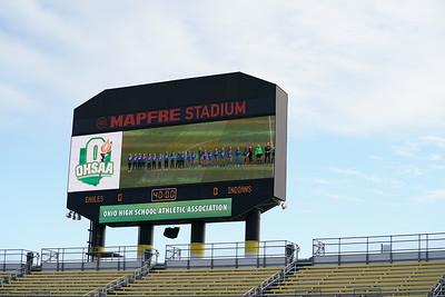LB GS Sidelines at MAPFRE Stadium (2019-11-09)