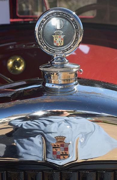 Cadillac 1926 Victoria Coupe radiator detail.JPG