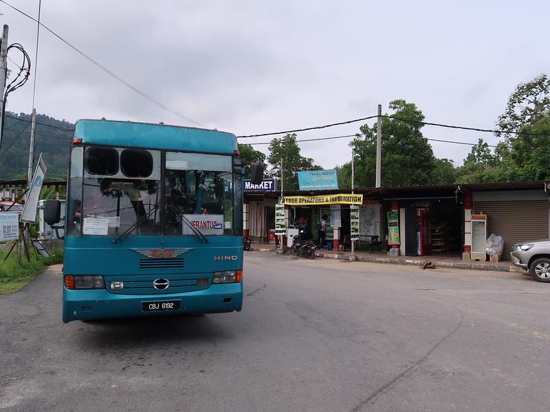 IMG_5284-jerantut-bus.JPG