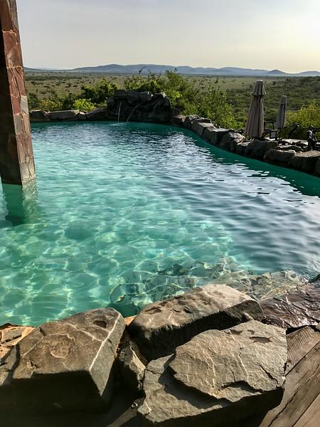 The pool at Mbalageti